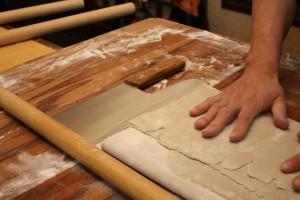 そば切り包丁の刃の長さに揃えます